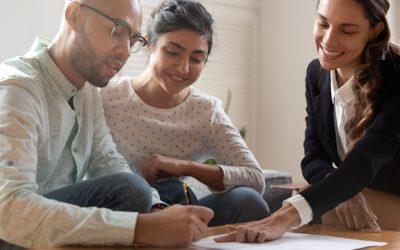 10 consejos de grandes inversionistas para cuidar tu dinero
